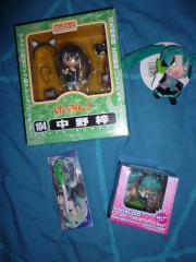 Figurines - image 1 -